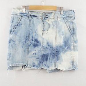 3 for $10 sale Old Navy distressed Acid Wash Skirt